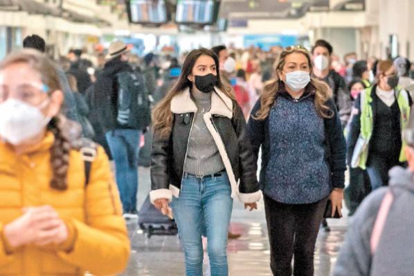 México, único en América sin restringir ingreso a viajeros.